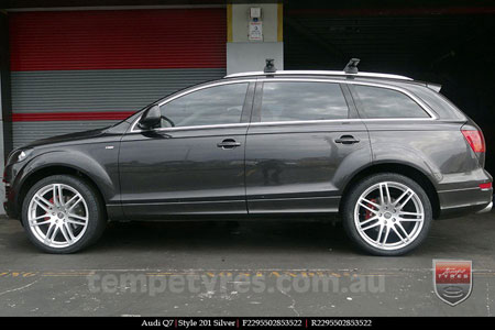 22x9.5 Style201 Silver on AUDI Q7