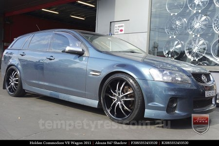20x8.5 Akuza 847 Shadow on HOLDEN COMMODORE VE