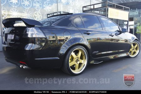 20x8.5 20x9.5 Simmons FR-1 Gold on HOLDEN VE SS