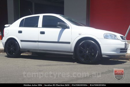 16x7.0 RS Flawless 0450 on HOLDEN ASTRA
