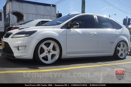 20x8.5 20x9.5 Simmons FR-1 White on FORD FOCUS