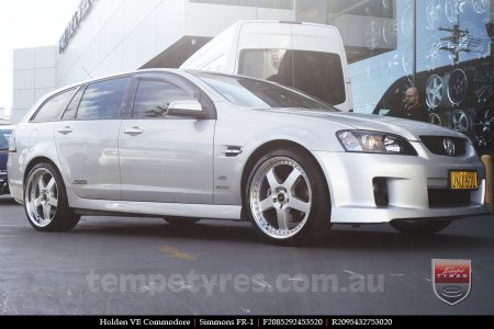 20x8.5 20x9.5 Simmons FR-1 Silver on HOLDEN COMMODORE VE