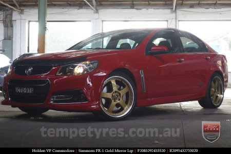 20x8.5 20x9.5 Simmons FR-1 Gold on HOLDEN COMMODORE VF