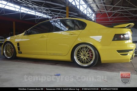 20x8.5 20x9.5 Simmons OM-1 Gold on HOLDEN COMMODORE